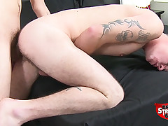 Jaxon Ryder Fucks Romeo James Raw